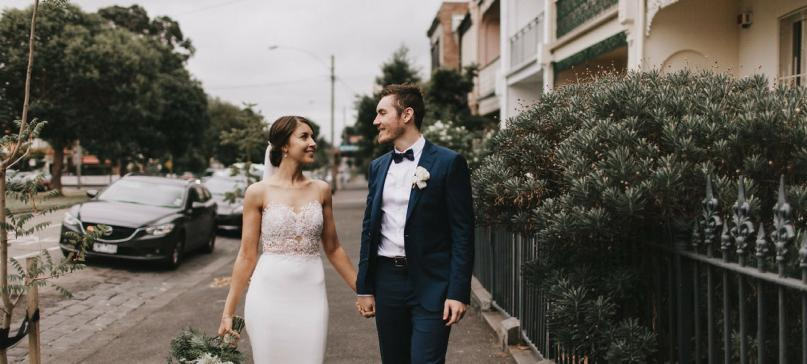 Enzoani 新娘丨 简单的爱情也可以很深刻,正如我们......